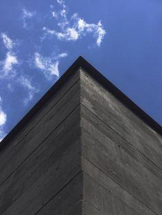 Gallery of Black Concrete: How Attilio Panzeri Creates Contrast with a Specialized Recipe - 18