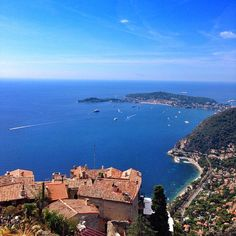 Blue water in Eze. Photo courtesy of naelantaki on Instagram.