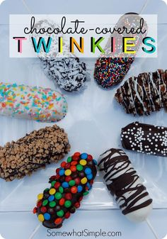 There's Only One Thing That Makes Twinkies Taste Even Better Than They Are And That's To Put Them On A Stick And Dip Them In Chocolate. These Chocolate Covered Twinkies Are Covered In Your Favorite Toppings And Make For A Perfect Treat! Chocolate Covered Treats, Chocolate Covered Strawberries, Chocolate Dipped, Homemade Chocolate, Chocolate Recipes, Chocolate Twinkie, Chocolate Truffles, Chocolate Brownies, Chocolate Covered Pineapple