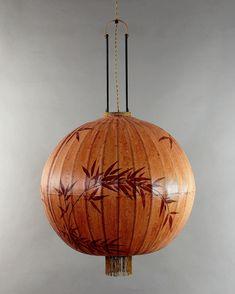 Fantastisk handgjord lykta av rispapper. Traditional Lantern - Terra XL. Bild- The Arni Concept.