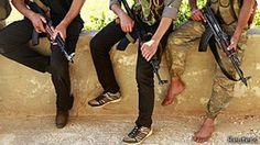 2013 1 de Julio - Rebeldes sirios decapitaron públicamente a un sacerdote católico - La agencia de noticias vaticana dijo que el sacerdote franciscano Francois Murad, de 49 años, fue decapitado hace ocho días.    Las circunstancias de la muerte de Murad no son del todo claras, pero el Vaticano confirmó que los militantes atacaron el monasterio donde vivía. Fuentes locales dijeron que los atacantes estaban vinculados al grupo yihadista Jabhat al-Nusra.