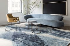 Abstract brushstrokes: a rug which expresses movement, Lola by is handknotted in Tibetan wool and inspired by the sake vessels created for the new Nobu restaurant in Manhattan. Nobu Restaurant, Manhattan Restaurants, Rug Company, Ceramic Artists, Sweet Home, Couch, Contemporary, Living Room, Abstract