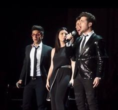 ⭐️IL VOLO⭐️ with Laura Pausini at MSG, NYC 3/6/2014