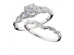 14kw .49tdw Round & Baguette Diamond Wedding Set #dickinsonjewelers #meanttosparkle www.dickinsonjewelers.com
