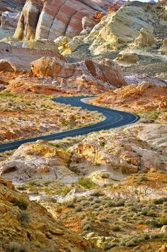 What a beautiful road trip: Rainbow Road in Valley of Fire State Park, Nevada, USA