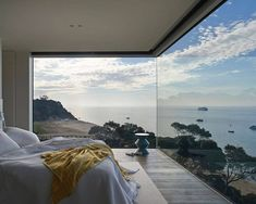 Point King by HASSELL --- #earlcarter #bedroom #view #architecture #residence #home #homedesign #luxuryhome #realstate #contemporary #modernhome #mansion #house #exterior #design #designer #instahome #instadesign #architect #beautiful #art #interiordesign #interiors #interior #luxury