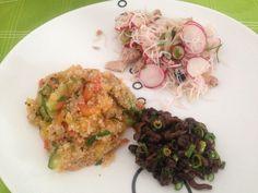 Shimeji na manteiga. Salada bifum com rabanete. Legumes com quinoa! Vegan food!