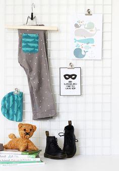 DIY - legging maken - Motiflow Blog - Laat je inspireren #diy #motiflow #legging Diys, Easy Diy, Sewing, Blog, Superheroes, Dressmaking, Bricolage, Couture, Fabric Sewing