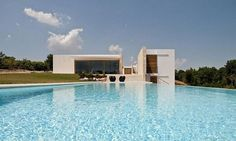 Brindisi-based architectural practice, Daniele Corsaro, have designed the Casa Ceno project. Located in Brindisi, Italy the luxury holiday home boasts a Houses Architecture, Residential Architecture, Amazing Architecture, Interior Architecture, Interior Design, Ideas De Piscina, Property Design, Dream Pools, Cool Pools