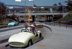 Avatar of sharemickey    by sharemickey  Vintage Disneyland Photos From 1950′s-1980′s    Aug 1, 2011 at 11:58 PM in Disney Art and Photography, Disney Parks, Disneyland by sharemickey  PinterestShare