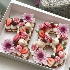 Ki örülne egy ilyen szülinapi tortának? :)