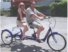Enjoy cycling without the need to balance with the Tri-Rider Twin 6 Speed TANDEM Adult Tricycle. Bicycle Sidecar, Tandem Bicycle, Bicycle Women, Custom Beach Cruiser, Three Wheel Bicycle, New Electric Bike, Velo Cargo, Adult Tricycle, Bike Trailer