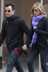 Jennifer Aniston's Wedding Posponed Again