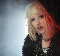 I love Emily Browning's styling in the movie Plush Emily Browning, Young Celebrities, Celebs, Lily Rose Melody Depp, Very Beautiful Woman, Hair Today, Amazing Women, Hair Inspiration, Boyfriends