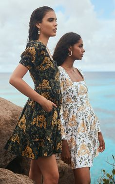 Get inspired and discover Agua by Agua Bendita trunkshow! Shop the latest Agua by Agua Bendita collection at Moda Operandi. Cute Dresses, Cute Outfits, Mini Dresses, Ball Dresses, Cotton Gowns, Printed Linen, Printed Cotton, Vogue, Spring Summer Fashion