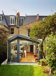 42 Awesome Terrace House Extension Design Ideas With Open Plan Spaces - Extending your home by building outside can have a significant impact on your property's curb appeal when it comes time to list your house on the mark. Orangerie Extension, Extension Veranda, Conservatory Extension, House Extension Design, Extension Designs, Glass Extension, Roof Extension, Extension Ideas, Side Return Extension