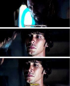 """Kane: You were trying to save lives. Bellamy: But I didn't. #The100 3x04 """"Watch the Thrones"""""""