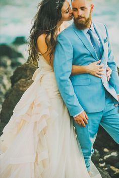 Hawaii destination beach wedding See more here: http://www.angiediazphotography.com