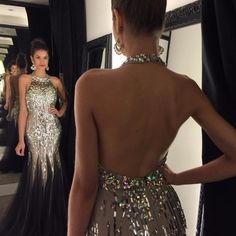 Luxury Bling Black Prom Dresses Mermaid Crystals Beaded Halter Neck Open Back Tulle Sweep Train Party Evening Gowns