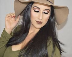 @makeupbymichelle looking as gorgeous as ever ❤️ She is wearing our Vanilla Cream foundation, neutral powder and color perfection quads ✨ #MotivesCosmetics #eotd #motd #mua