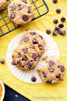 Paleo Vegan Pumpkin Chocolate Chip Cookies (V, GF, Paleo): an easy recipe for super soft pumpkin chocolate chip cookies made with whole ingredients. #Vegan #Paleo #GlutenFree #DairyFree   BeamingBaker.com
