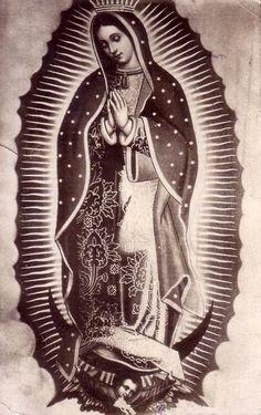 Black and White Virgen