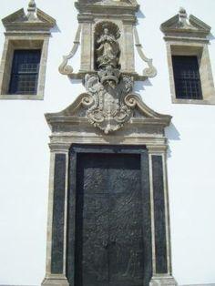 Porta da Igreja Matriz de Póvoa de Varzim - Portugal