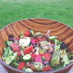 aubernutter:  Salad for one.