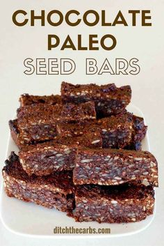 Sugar free chocolate paleo seed bars, 2g net carbs - an awesome healthy snack and perfect for school lunches. | ditchthecarbs.com via @ditchthecarbs Healthy School Snacks, Quick Snacks, School Lunches, Bag Lunches, Work Lunches, Kid Snacks, Paleo Recipes, Low Carb Recipes, Whole Food Recipes