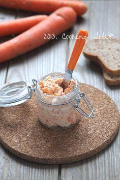 Rillettes de carottes200 g de carottes 2 c à soupe de son d'avoine 100 g de fromage frais 30 g de fromage blanc Sel, poivre