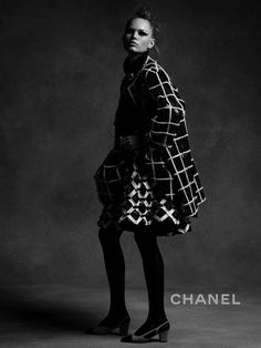 Karl Lagerfeld shoots Lindsey Wixson & Anna Ewers for Chanel Fall/Winter Campaign. Styled by Carine Roitfeld. Hair by Sam McKnight. Make-up by Tom Pecheaux. Toms Canvas Shoes, Cheap Toms Shoes, Toms Shoes Wedges, Toms Shoes Outlet, Strappy Wedges, Chanel 2015, Coco Chanel, Anna Ewers, Fashion Tv