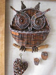 Одноклассники Paper Furniture, Cardboard Paper, Newspaper Crafts, Paper Basket, Owl Art, Rattan, Knitting, How To Make, Handmade