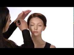 Tutorial - Contornear el rostro con base de maquillaje con Mary Kay - YouTube