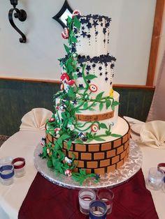 Nintendo wedding cake Wedding Things, Wedding Stuff, Our Wedding, Wedding Ideas, Video Game Wedding, Wedding Games, Themed Weddings, Cake Videos, I Got Married