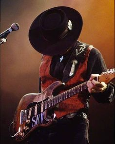 American musician Stevie Ray Vaughan performs onstage at Madison Square Garden, New York, New York, November Get premium, high resolution news photos at Getty Images Eric Clapton, El Rock And Roll, Dallas, Bass, Blues Music, Blues Rock, Music Guitar, Music Photo, Jimi Hendrix