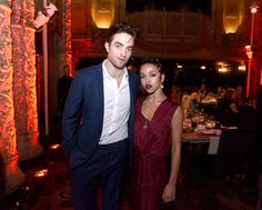 Robert Pattinson Photos Photos - Robert Pattinson and FKA Twigs attend the 2016 Los Angeles Dance Project Gala at The Theatre at Ace Hotel Downtown LA on December 10, 2016 in Los Angeles, California. - 2016 Los Angeles Dance Project Gala at the Theater at the Ace Hotel
