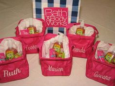 Cute bridal party gifts using Thirty-One Littles Carry-All-Caddies.
