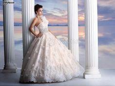 http://www.lemienozze.it/gallerie/foto-abiti-da-sposa/img36954.html Abito da sposa con gonna ampia