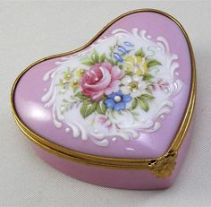 Vintage Limoges Heart Porcelain Trinket Box, Peint Main Roses