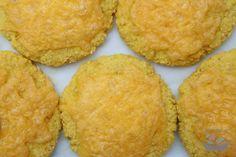 Jahelné placky se sýrem   Jíme rádi Muffin, Paleo, Vegetarian, Healthy Recipes, Cookies, Breakfast, Fitness, Desserts, Invite