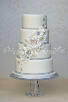 Super Ideas For Wedding Cakes Simple Gold Bridesmaid Dresses White Wedding Cakes, Unique Wedding Cakes, Wedding Cake Designs, Wedding Cupcakes, Wedding Desserts, White Weddings, Blue Wedding, Trendy Wedding, Wedding Bells