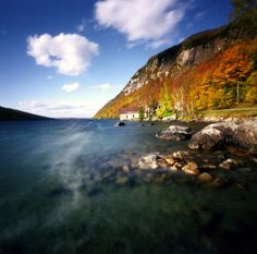 Lake Willoughby, Vermont http://www.vacationrentalpeople.com/vacation-rentals.aspx/World/USA/Vermont