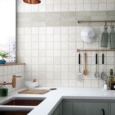 Wandtegel 10x10 wit handvormlook white - Artikelcode: TOZCW137. - Nu in de aanbieding voor slechts € 37,50 p/m2 incl. BTW bij Tegels in Huis.nl