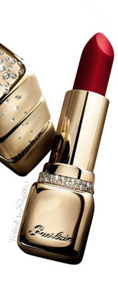 Regilla ⚜ Guerlain. It's so pretty I don't know if o would be able to use....I would just stare at it and smile