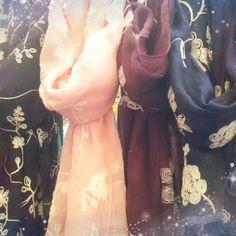 Pasminas algodon con bordado flor