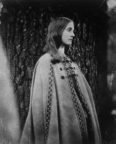 Virginia Wolfe 1902, so still a Victorian. 'shopped copy.