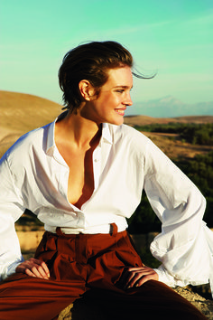 As Vogue.com celebrates the versatile shirt, we look at some of this classic's most memorable appearances in Vogue and beyond. to get the perfect white shirt from Brooks brothers. I think they only go by online now but the shirts are perfectomudo!
