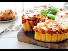 How To Make Rigatoni Pasta Pie Ingredients : 1 tablespoon extra-virgin olive oil 1 pound ground turkey 3 cloves garlic, minced 1 . Rigatoni Pasta Pie, Baked Rigatoni, Pasta Bake, Stuffed Rigatoni, Baked Ravioli, Stuffed Chicken, Pie Recipes, Pasta Recipes, Cooking Recipes