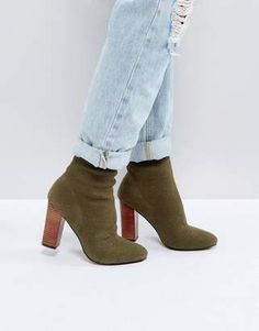 Green Ankle boots for the stylish woman. #greenankleboots #ankleboots #stylishboots