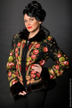 Зимнее пальто `Столичная кокетка`.. Тёплая зимняя куртка (до -25), из паволо-пасадского платка ( рисунок 'Чёрные глаза'), с отделкой из натурального меха норки (  'black lama') .   Пальто выстегано по по контуру цветов, что придаёт объем и фактуру рисунку.